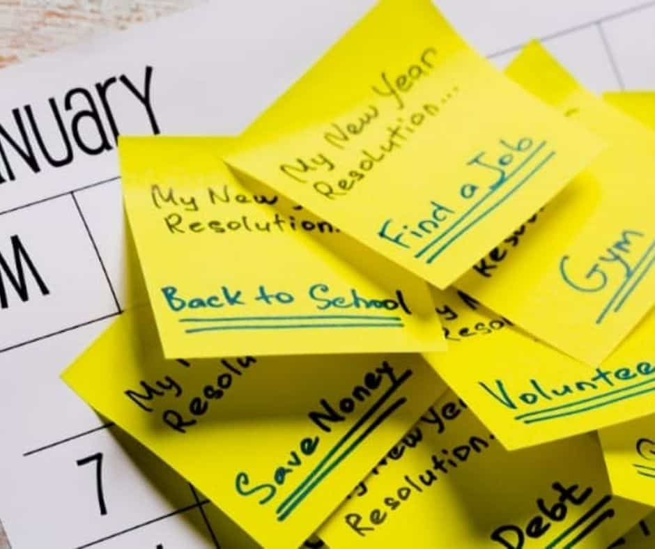 sticky notes with goal setting and resolutions